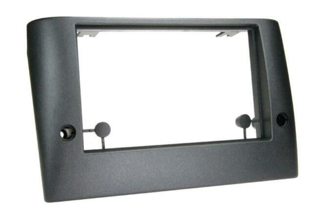2-DIN Soitinkehys Fiat Stilo black-0