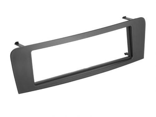 1-DIN Soitinkehys A-Class (W176) 2013 > black-0