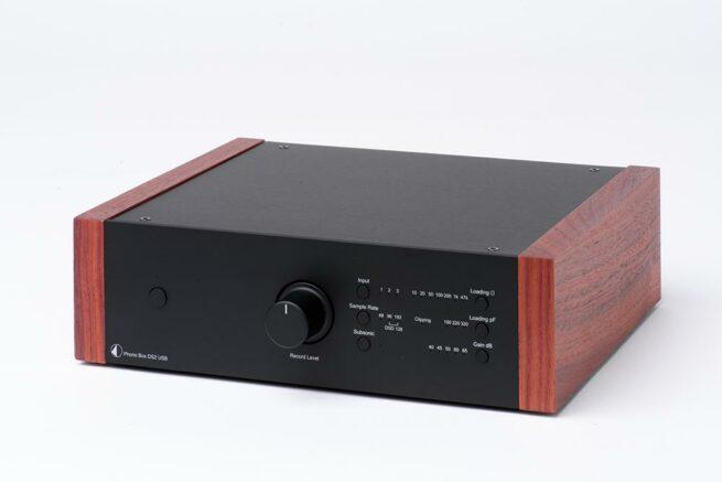 Pro-Ject Phono Box DS2 Puukuorilla-15645